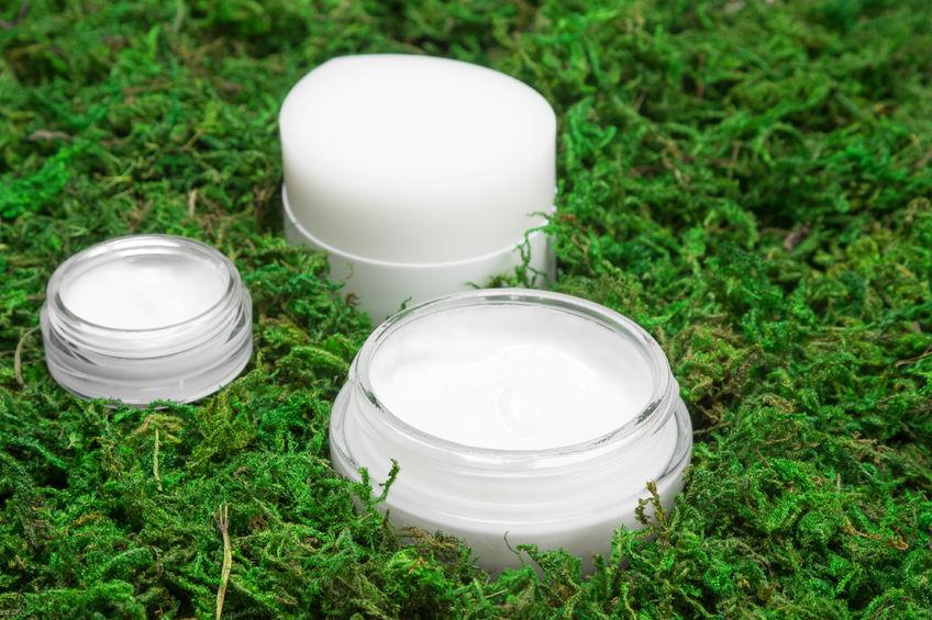 Tengeri algát tartalmazó kozmetikai termékek minden nő szépségéért