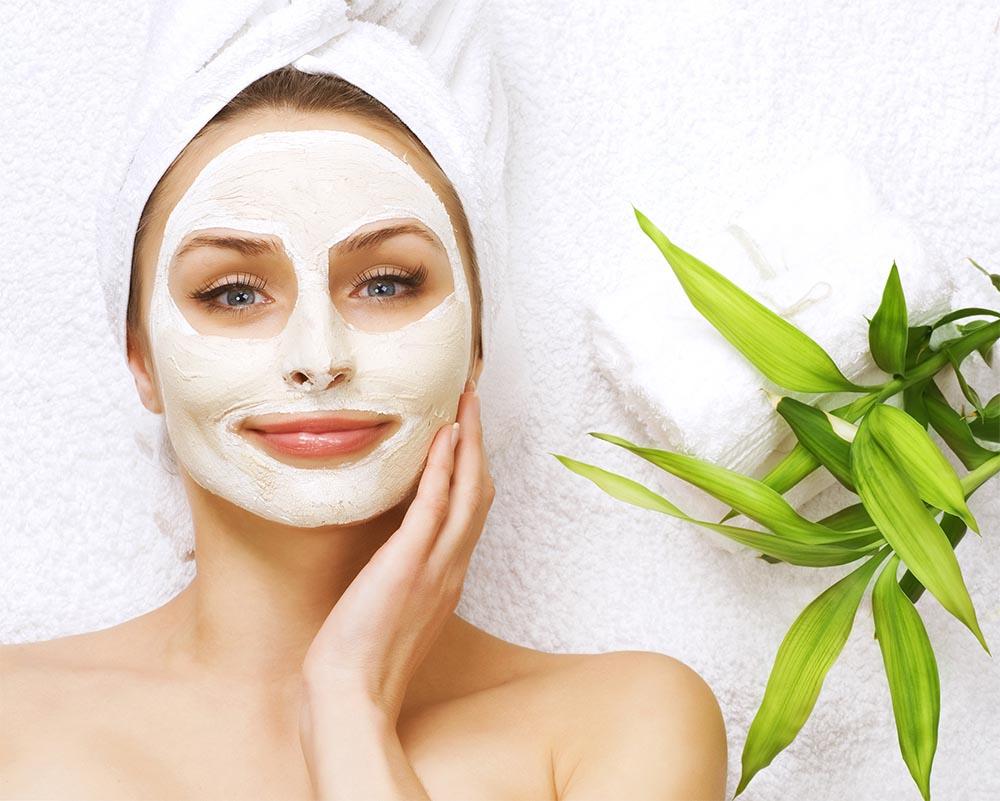 Tegyen bőre szépségéért: arcpakolás és maszk